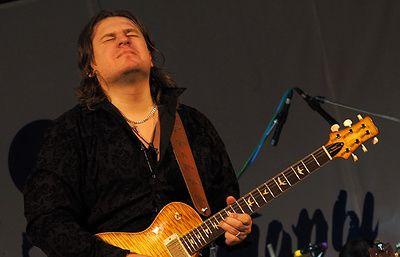 Российский гитарист Роман Мирошниченко номинирован на премию IMA