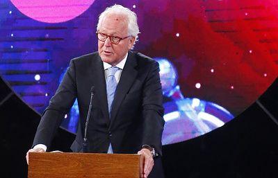 Нобелевскую премию по литературе могут не вручить и в 2019 году
