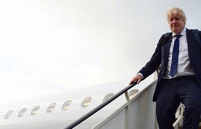 СМИ: глава британского МИД поддержал идею предоставления ему служебного самолета