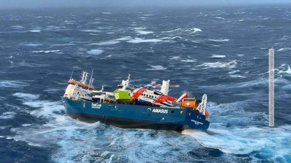 Ölkatastrophe abgewendet: Frachter vor Norwegen gesichert