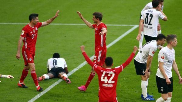 Berlin (dpa) - Der FC Bayern München ist zum 31. Mal deutscher Fußball-Meister,  [...]