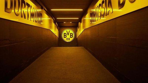 Borussia Dortmund eröffnet Impfzentrum im eigenen Stadion