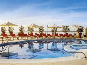 Hotel Towers Rotana, Towers Rotana in Dubai - Dubai - Verenigde Arabische Emiraten