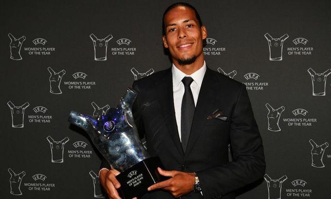 VVD當選歐洲足協年度最佳球員 破美C壟斷
