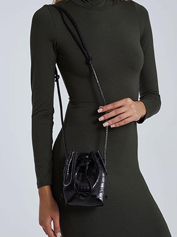 Τσάντα πουγκί με όψη κροκό WH673.A253+1
