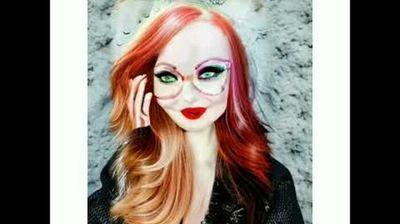 Перфектната жена според FaceApp