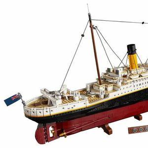 Lego пуска комплект на Титаник с над 9000 части