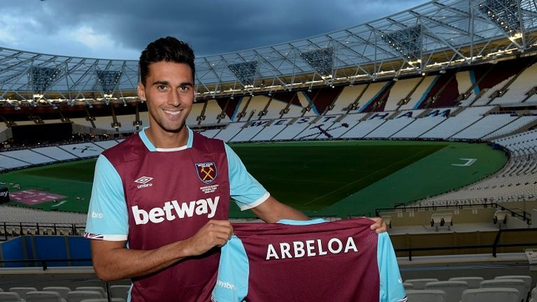 http://e2.365dm.com/16/08/16-9/20/arbeloa-west-ham-real-madrid_3776483.jpg?20160831205635