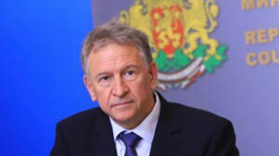 Министър Кацаров готви нови мерки срещу Covid-19