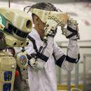 """Роботът Фьодор предаде репортаж от борда на """"Союз МС-14"""""""