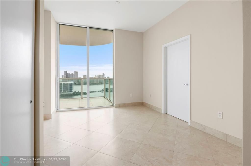 Aventura Marina for Sale - 3330 NE 190th St, Unit 2914, Aventura 33180, photo 16 of 49