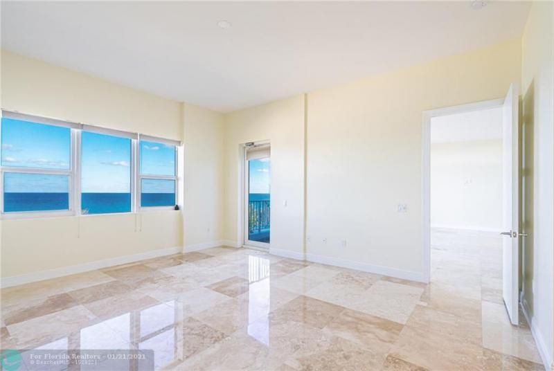 Orchid Beach for Sale - 701 SE 21st Ave, Unit 507, Deerfield Beach 33441, photo 8 of 28