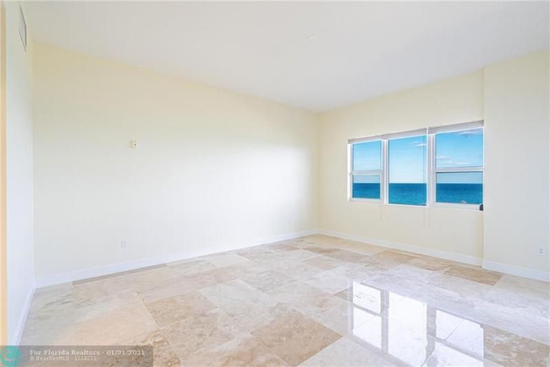 Orchid Beach for Sale - 701 SE 21st Ave, Unit 507, Deerfield Beach 33441, photo 9 of 28