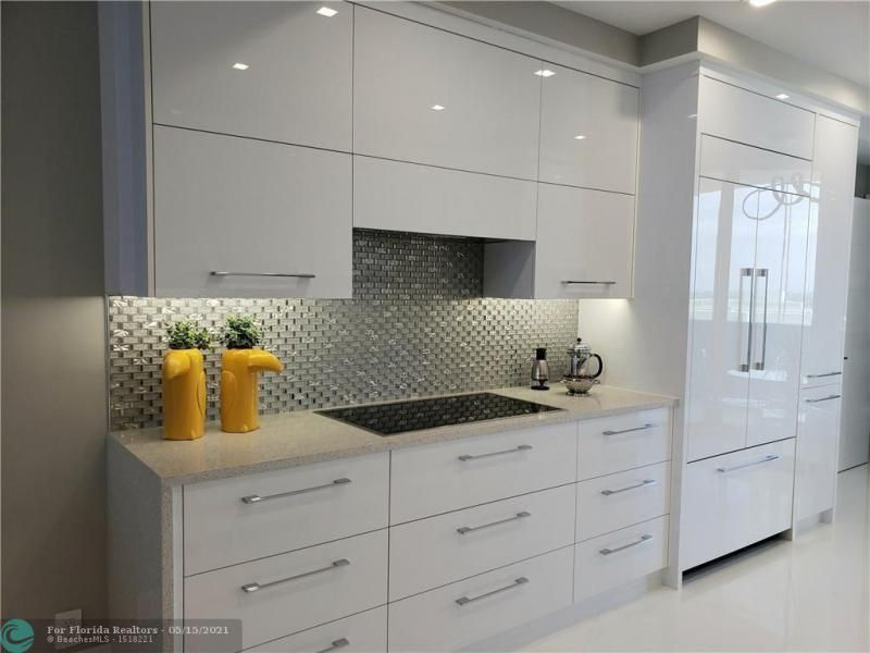 L'Hermitage for Sale - 3200 N OCEAN BL, Unit E2304, Fort Lauderdale 33308, photo 7 of 25