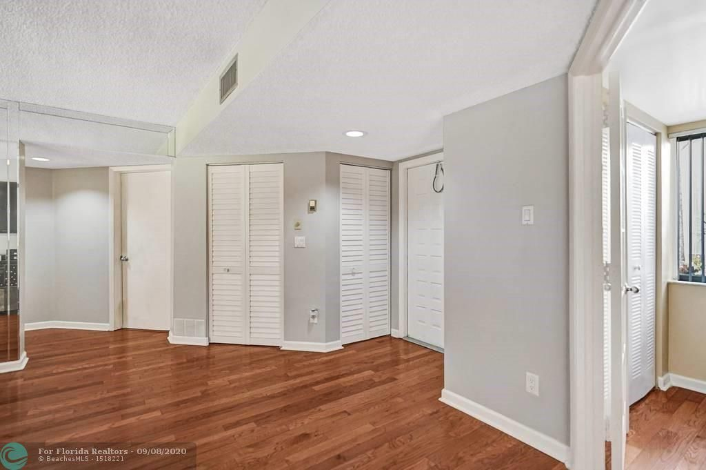 Parc Court for Sale - 9232 NW 9 Pl, Unit 1R, Plantation 33324, photo 13 of 43