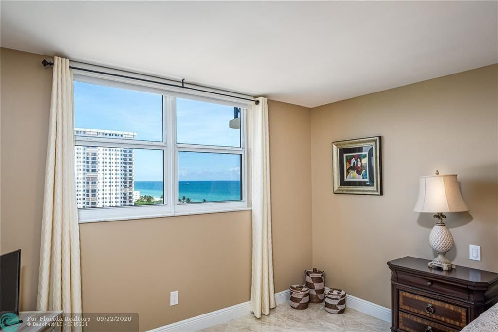 Oxford Towers for Sale - 1501 S Ocean Dr, Unit 1401, Hollywood 33019, photo 17 of 26