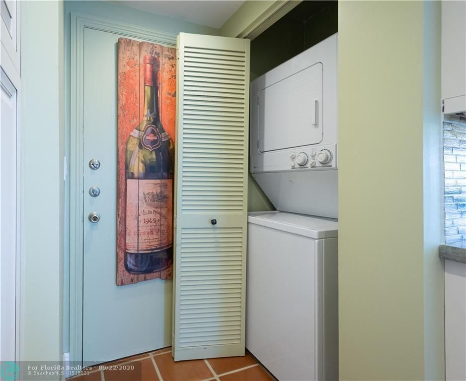 Oxford Towers for Sale - 1501 S Ocean Dr, Unit 1401, Hollywood 33019, photo 9 of 26