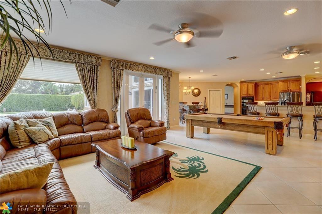 Long Lake Estates for Sale - 2801 W Lake Vista Cir, Davie 33328, photo 30 of 100