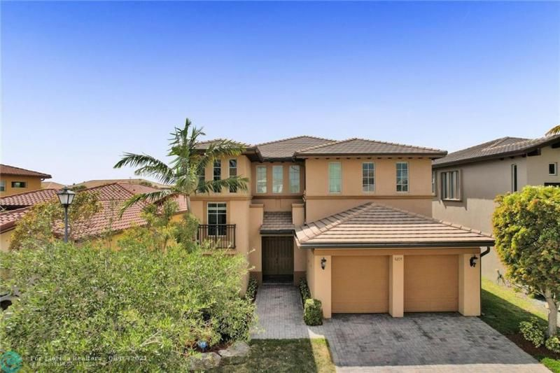 Heron Bay for Sale - 8229 NW 125th Ln, Parkland 33076, photo 1 of 60