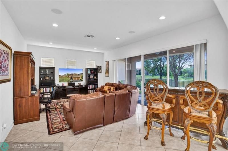 Heron Bay for Sale - 8229 NW 125th Ln, Parkland 33076, photo 22 of 60