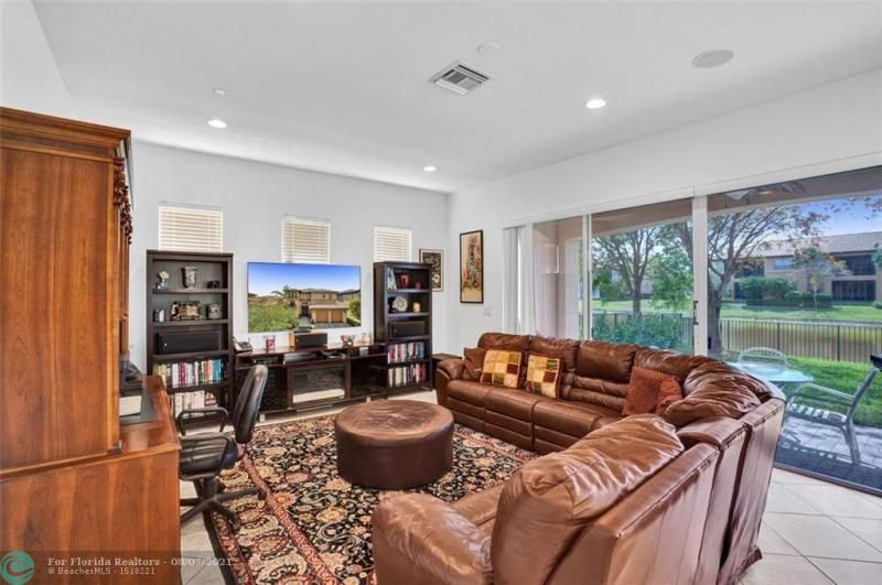 Heron Bay for Sale - 8229 NW 125th Ln, Parkland 33076, photo 23 of 60