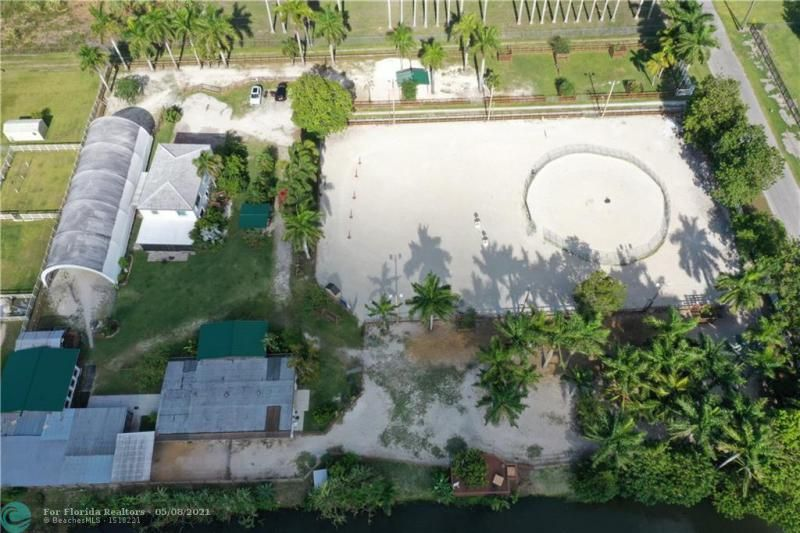 Fla Fruit Lands Co Sub 1 for Sale - 18130 SW 50th Ct, Southwest Ranches 33331, photo 25 of 32