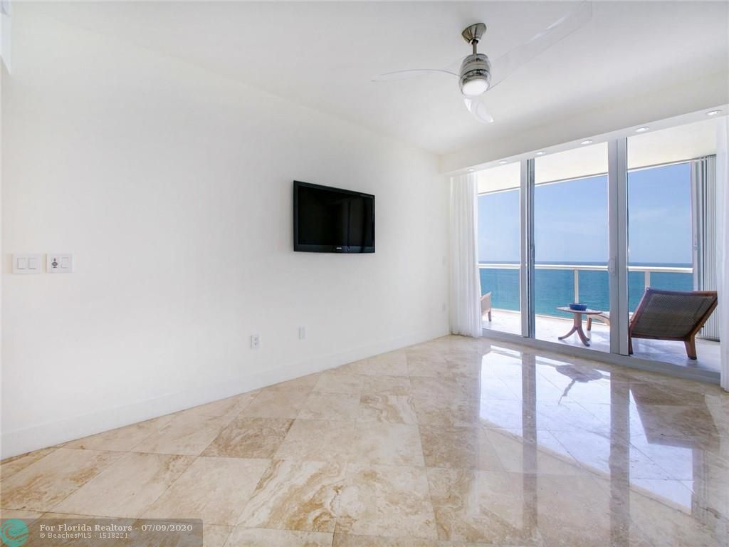 Renaissance On The Ocean for Sale - 6051 N Ocean Drive, Unit 1006, Hollywood 33019, photo 17 of 38