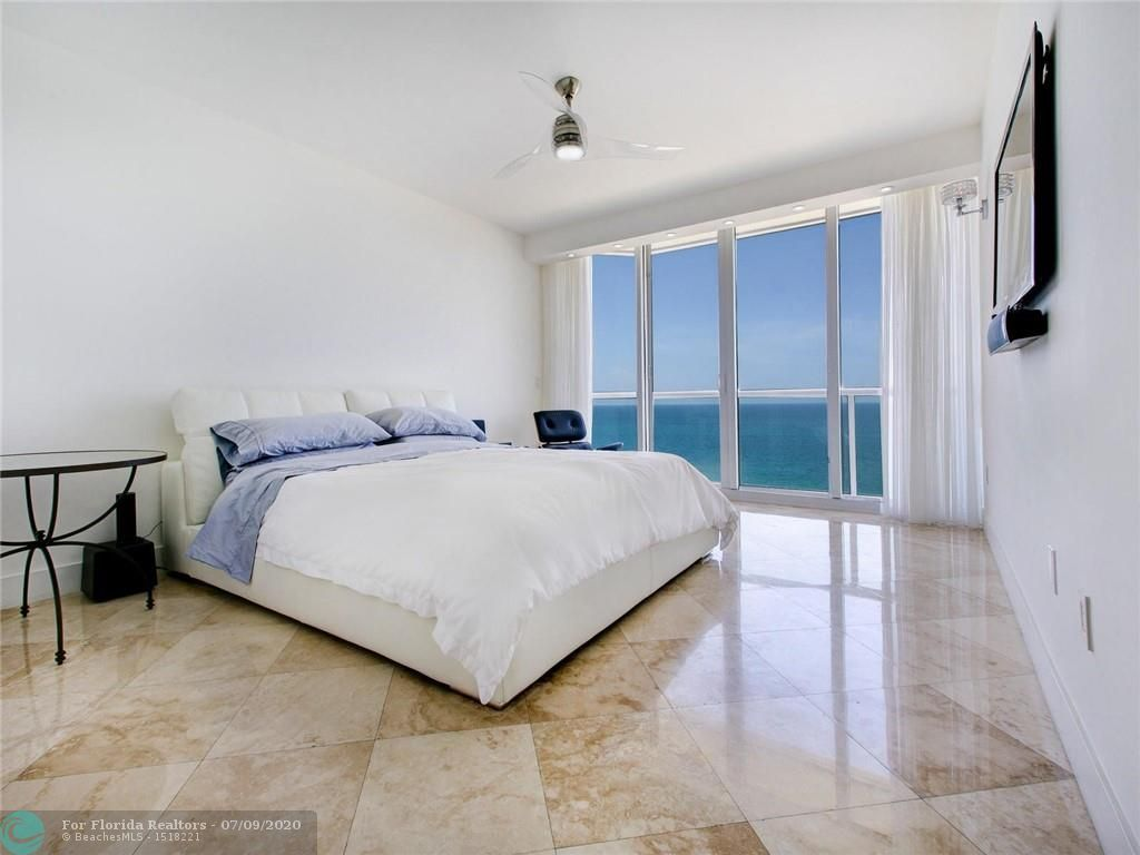 Renaissance On The Ocean for Sale - 6051 N Ocean Drive, Unit 1006, Hollywood 33019, photo 21 of 38
