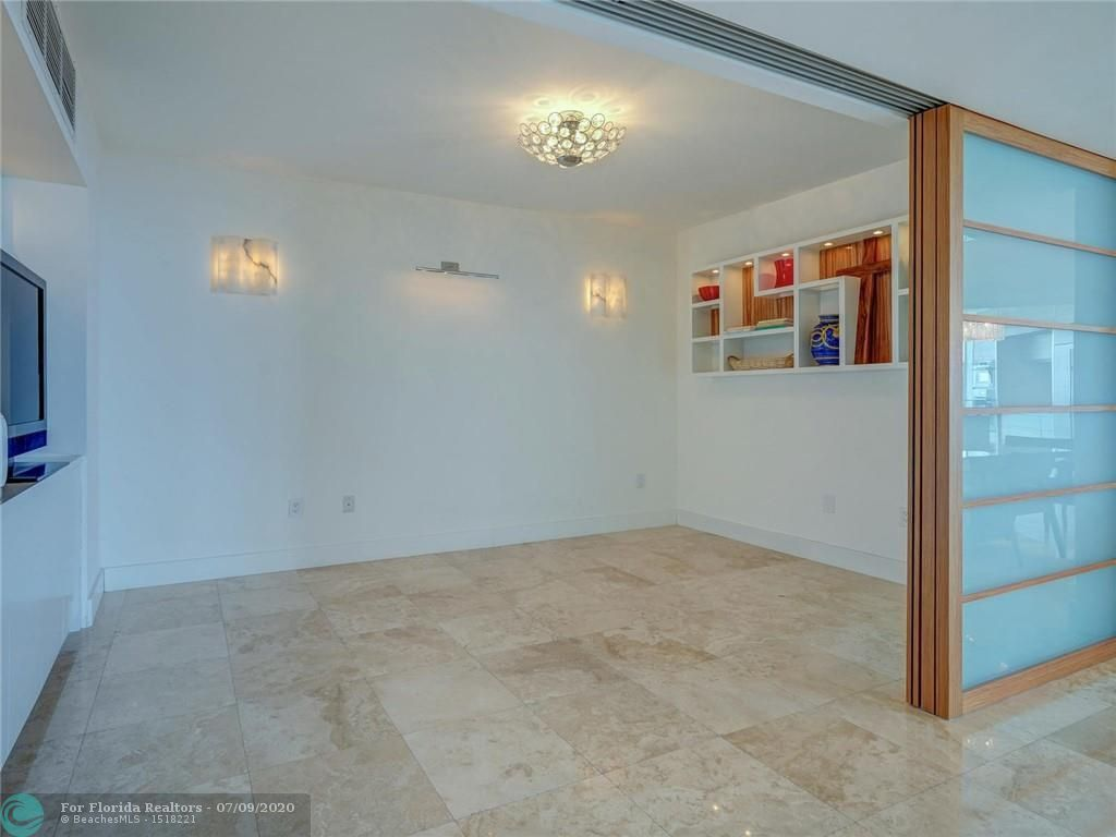 Renaissance On The Ocean for Sale - 6051 N Ocean Drive, Unit 1006, Hollywood 33019, photo 28 of 38