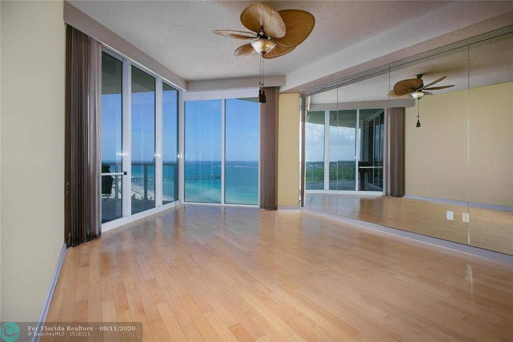 Renaissance On The Ocean for Sale - 6051 N Ocean Drive, Unit PH4N, Hollywood 33019, photo 14 of 34