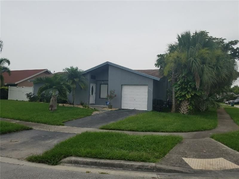 Coral Gate Sec 1 93-7 B for Sale - 5380 NW 31st St, Margate 33063, photo 1 of 29