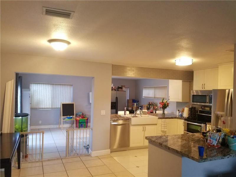 Coral Gate Sec 1 93-7 B for Sale - 5380 NW 31st St, Margate 33063, photo 12 of 29