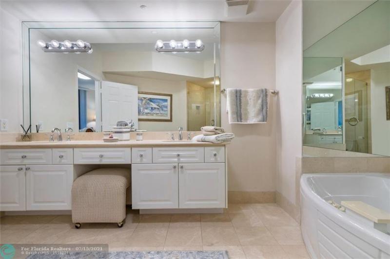 L'Hermitage for Sale - 3100 N Ocean Blvd, Unit 404, Fort Lauderdale 33308, photo 23 of 57