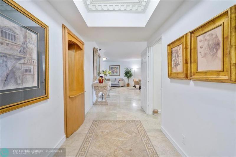 L'Hermitage for Sale - 3100 N Ocean Blvd, Unit 404, Fort Lauderdale 33308, photo 3 of 57