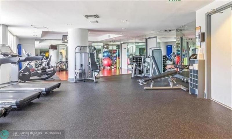 L'Hermitage for Sale - 3100 N Ocean Blvd, Unit 404, Fort Lauderdale 33308, photo 51 of 57