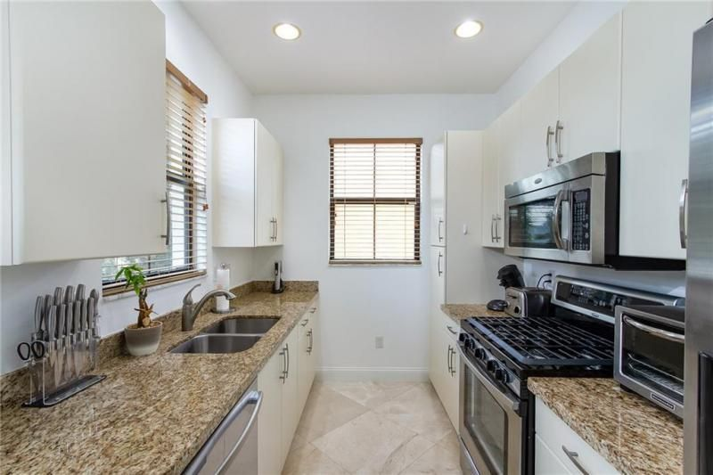Artesia for Sale - 12624 NW 32nd Pl, Unit 12624, Sunrise 33323, photo 4 of 44