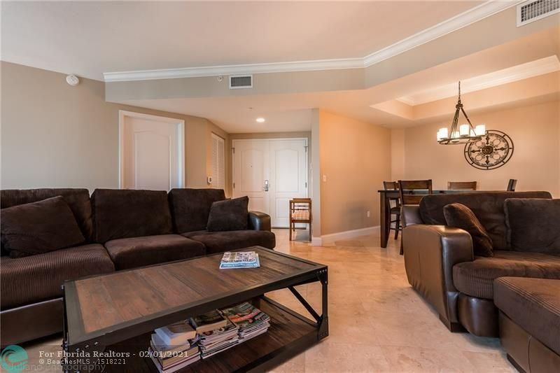 1 Ocean Boulevard for Rent - 101 SE 20th Ave, Unit 406, Deerfield Beach 33441, photo 4 of 34