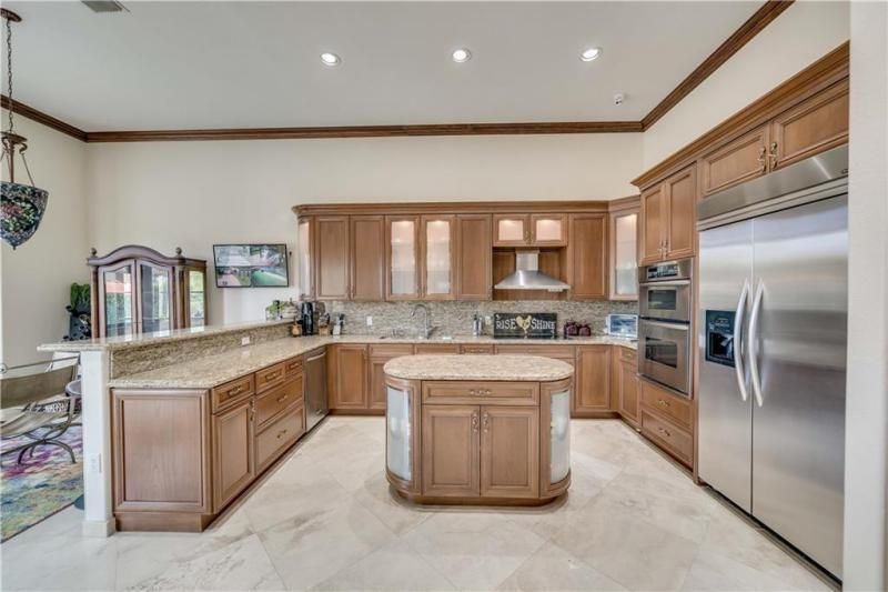 Valenzuela for Sale - 6501 SW 178th Ave, Southwest Ranches 33331, photo 13 of 95