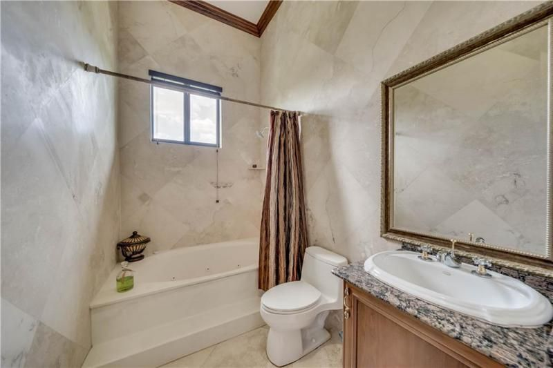 Valenzuela for Sale - 6501 SW 178th Ave, Southwest Ranches 33331, photo 20 of 95