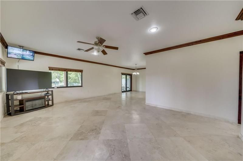 Valenzuela for Sale - 6501 SW 178th Ave, Southwest Ranches 33331, photo 45 of 95