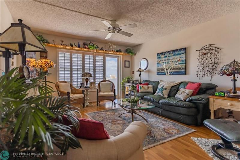 Parliament House for Sale - 405 N Ocean Blvd, Unit 1528, Pompano Beach 33062, photo 12 of 36