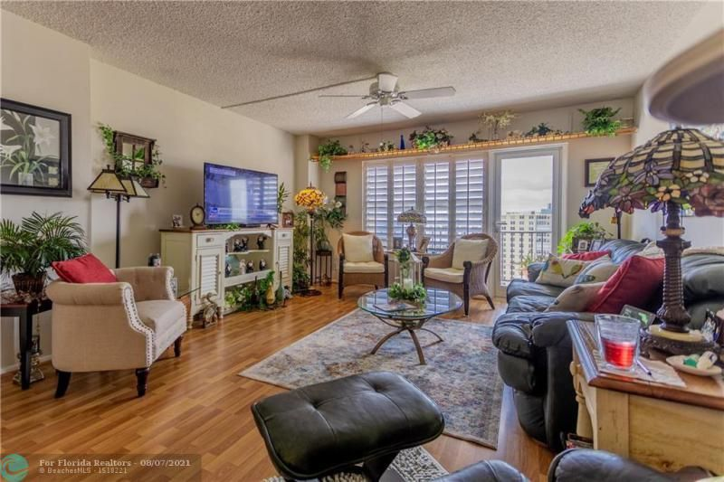 Parliament House for Sale - 405 N Ocean Blvd, Unit 1528, Pompano Beach 33062, photo 13 of 36