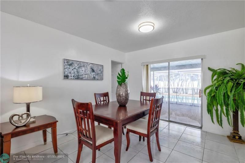 Cathedral Square 76-33 B for Sale - 1541 NW 63rd Way, Margate 33063, photo 16 of 53