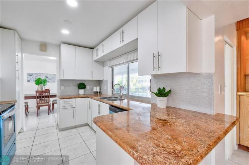Cathedral Square 76-33 B for Sale - 1541 NW 63rd Way, Margate 33063, photo 18 of 53