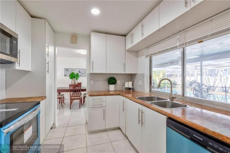Cathedral Square 76-33 B for Sale - 1541 NW 63rd Way, Margate 33063, photo 19 of 53