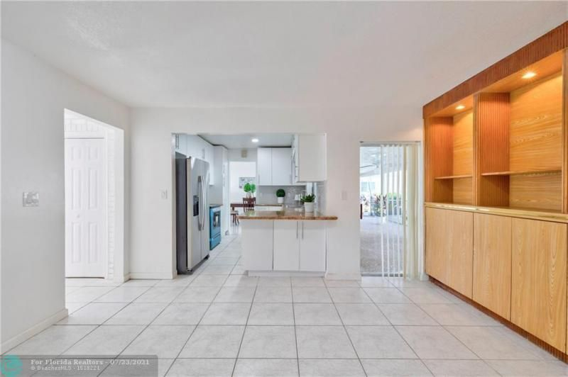 Cathedral Square 76-33 B for Sale - 1541 NW 63rd Way, Margate 33063, photo 22 of 53