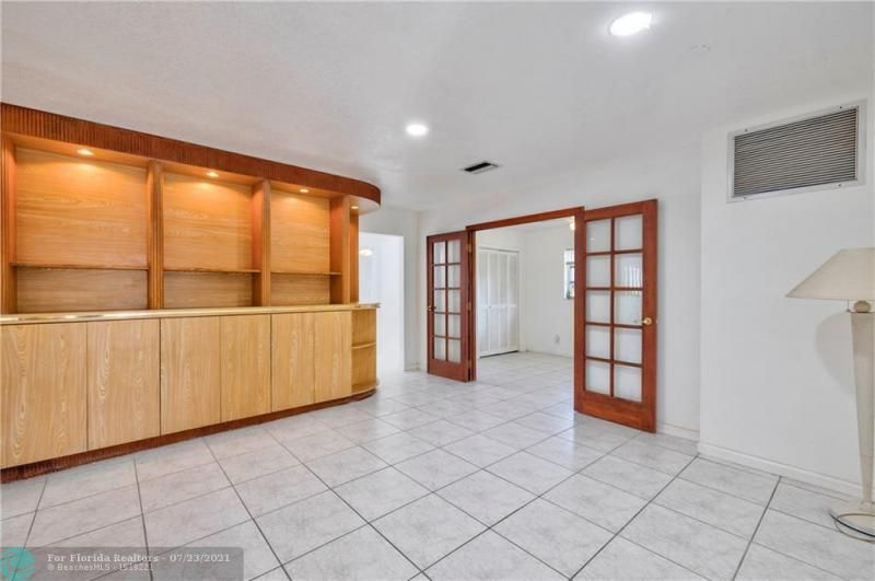 Cathedral Square 76-33 B for Sale - 1541 NW 63rd Way, Margate 33063, photo 23 of 53