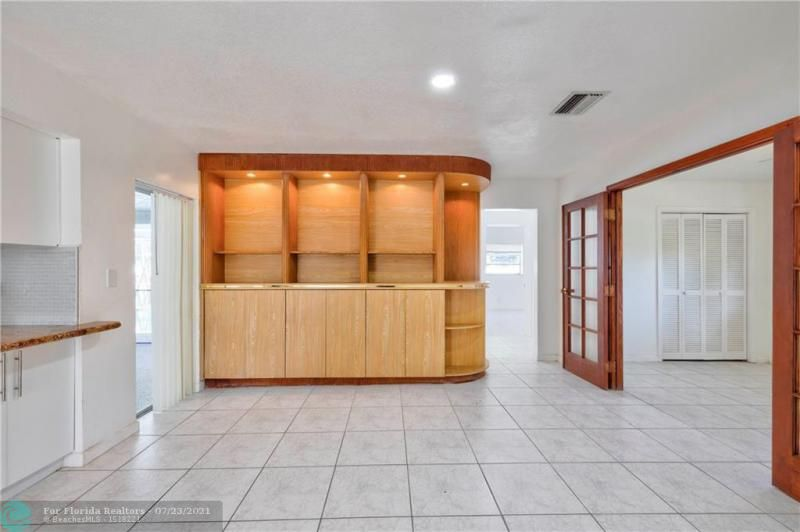 Cathedral Square 76-33 B for Sale - 1541 NW 63rd Way, Margate 33063, photo 24 of 53