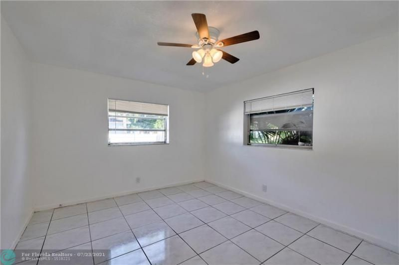 Cathedral Square 76-33 B for Sale - 1541 NW 63rd Way, Margate 33063, photo 25 of 53
