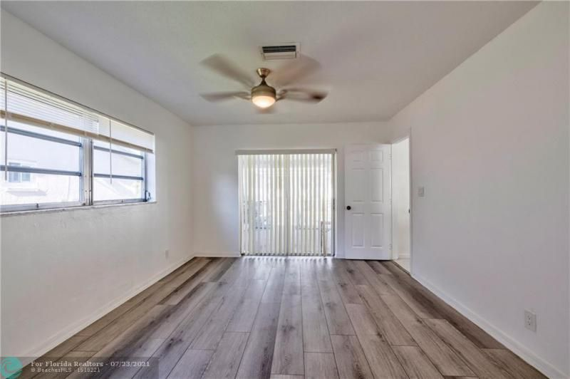Cathedral Square 76-33 B for Sale - 1541 NW 63rd Way, Margate 33063, photo 30 of 53